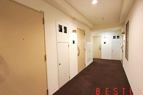 ホテルライクな内廊下