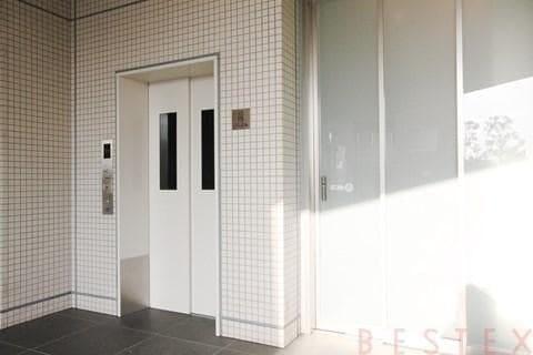 駐輪用エレベーター