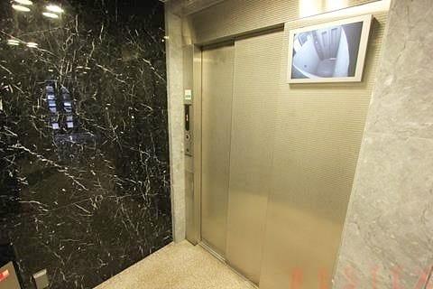 防犯カメラ完備のエレベーター