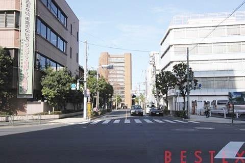 東京大学龍岡門
