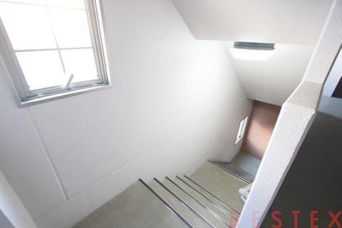 上り下りは階段