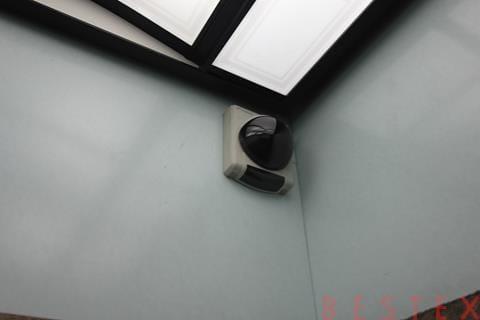 エレベーター監視カメラ