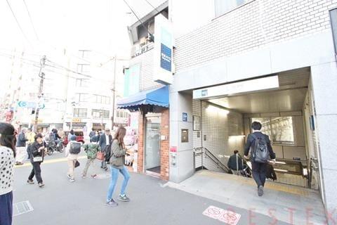 千代田線『根津』駅