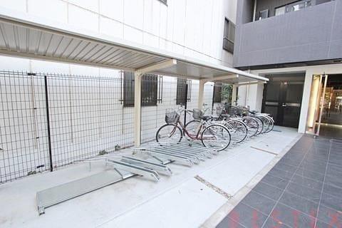 駐輪場・バイク置場有