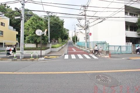飯田橋駅徒歩8分