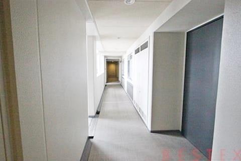 9階共用廊下