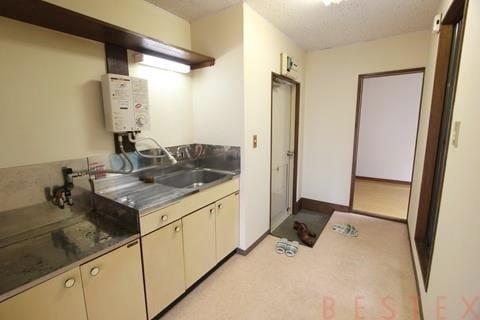 廊下にキッチン