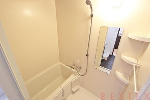 浴室乾燥機完備