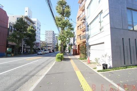 千川通り沿い