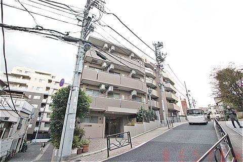 鉄筋コンクリート造地上4階建て
