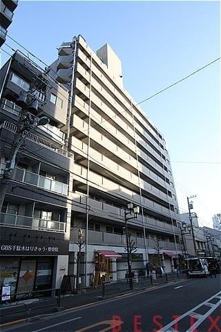 ウィン千駄木 8階