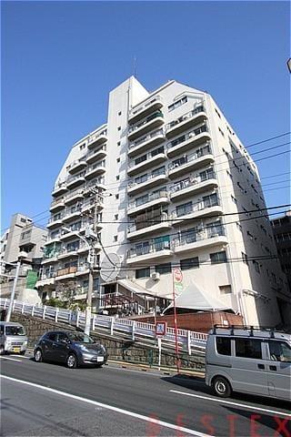シャンボール文京 1階