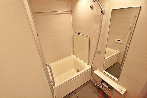 浴室乾燥機・給湯追い焚き機能完備