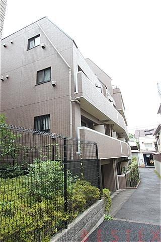 ミリオンガーデン小石川 3階