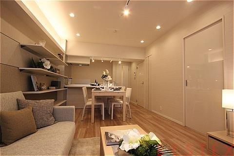 ヴィラロイヤル文京西片 6階