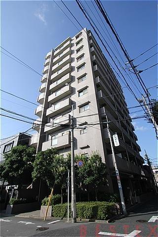 アールヴェール根津弥生坂 3階