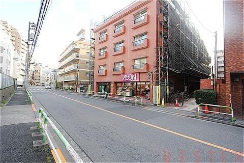 ハイネス小石川 1階