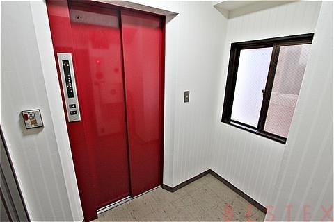 エレベーター有
