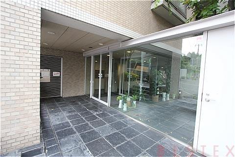 プリンスハイツ本郷弥生 1階