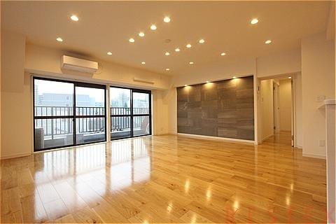 マンション小石川 5階
