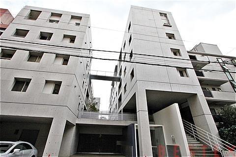 鉄筋コンクリート造地上6階建てデザイナーズマンション