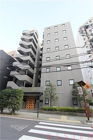 ヴェルビュ本郷壱岐坂壱番館 1階