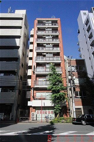 丸和ビル 6階