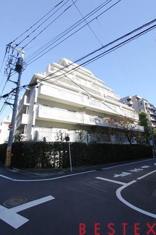 藤和湯島コープ 1階