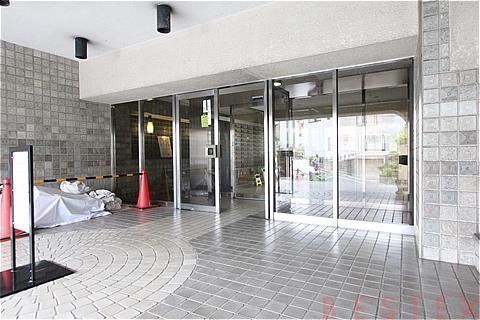 ヴィラロイヤル文京西片 3階