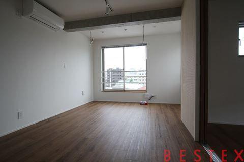 Chou Chou 千石East 402