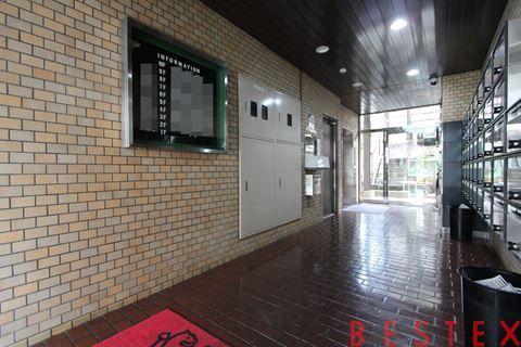 ライオンズマンション早稲田正門通り 2階