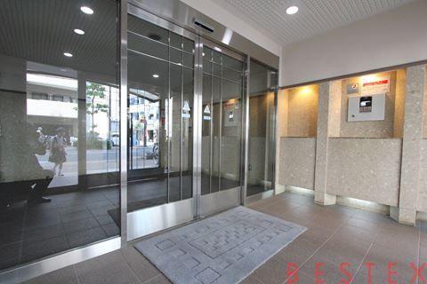 ニューイーストコート上野 4階