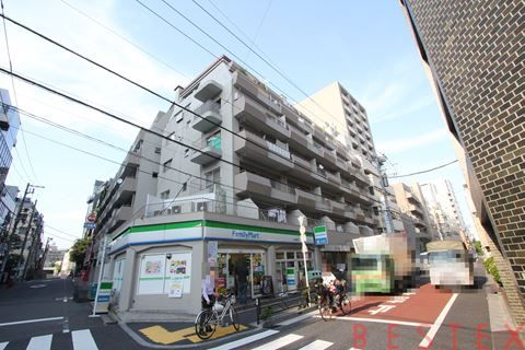 湯島武蔵野マンション 203
