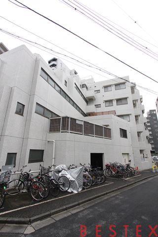 メイツ新宿なつめ坂 2階