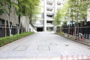 レジデンシア春日安藤坂 3階